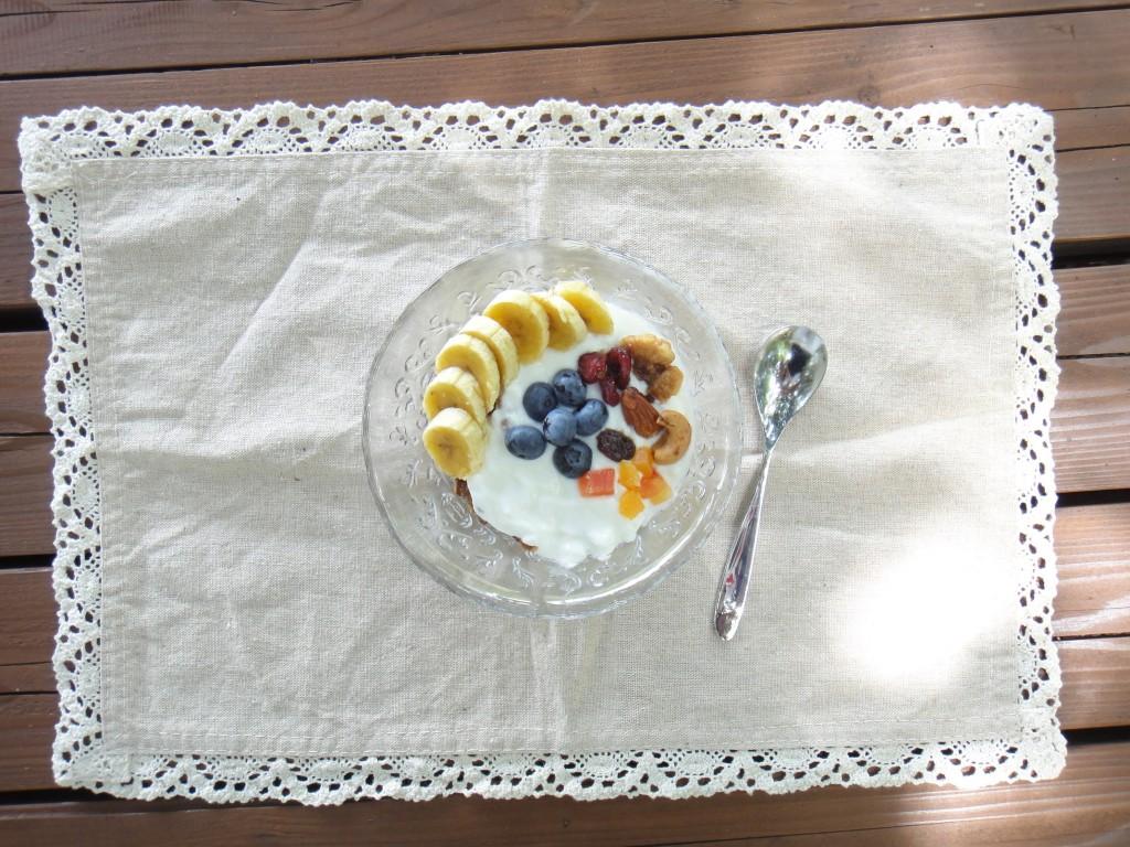フルーツヨーグルトグラノラ
